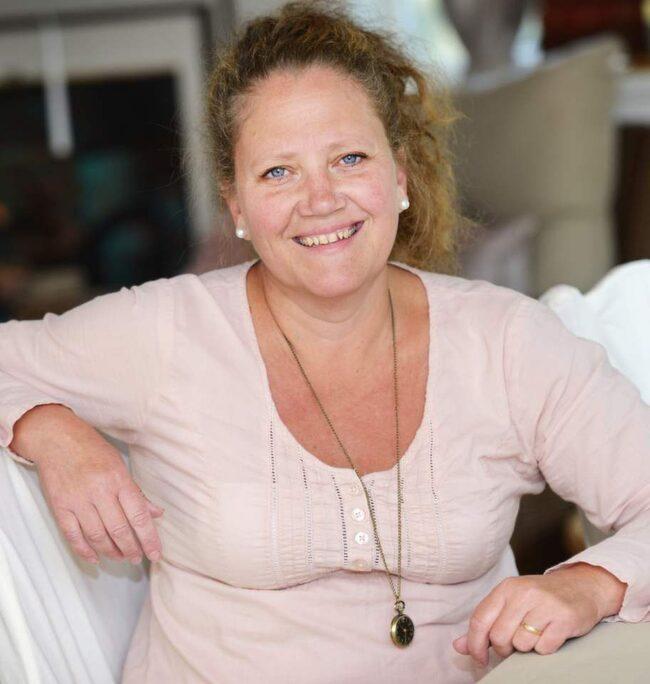 Suzanne Norling<br>Ålder: 51 <br>Gör: Florist <br>Bor: Nacka<br>Familj: Man och tre barn