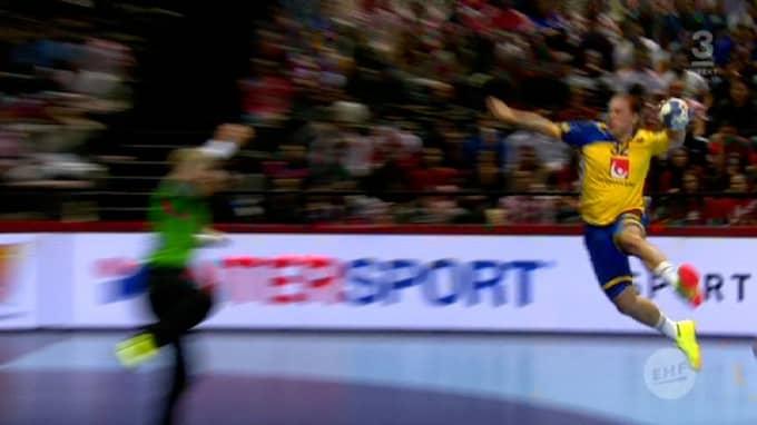 Zachrisson skjuter. Foto: TV3