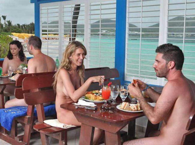 Club Orient Resort på St Martin i Franska Västindien är något så sällsynt som ett nakenhotell med familjeinriktning.
