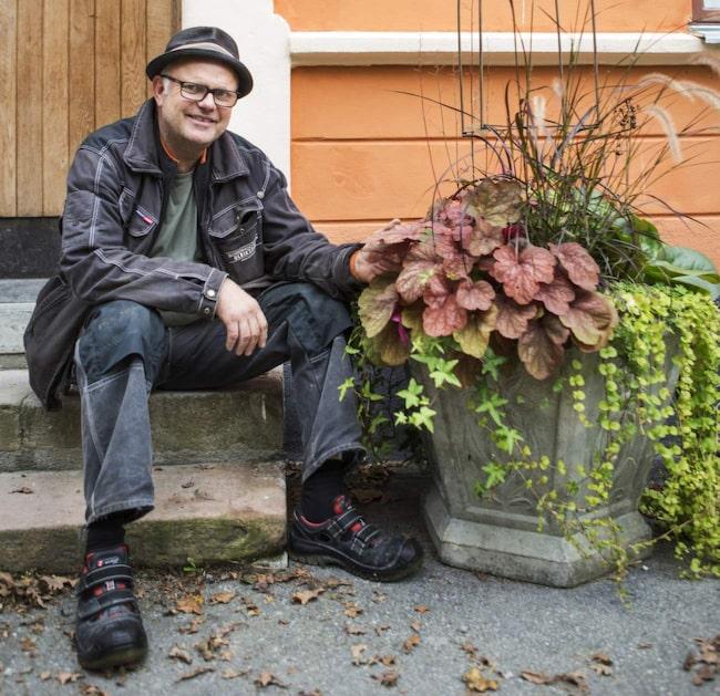 Bosse Rappne har fullt upp under hösten. I år ska han bygga ett växthus. Här delar han med sig av sina bästa tips både för latmasken och arbetsmyran.