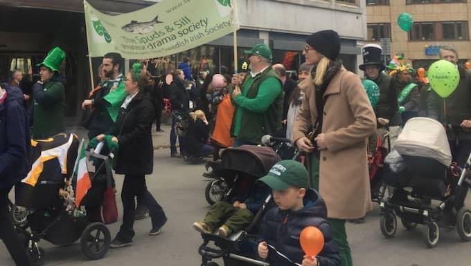 Här firar Stockholm den irländska nationaldagen St Patrick's Day. Foto: Åsa Asplid