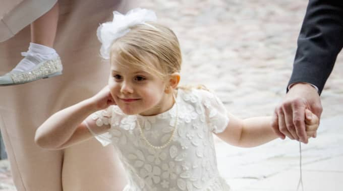 """""""Allt känns jättebra"""", sa prinsessan Estelle till Expressen TV på borggården efter dopet. Foto: Copyright:Royalportraits Europe/Bernard Ruebsamen / STELLA PICTURES"""