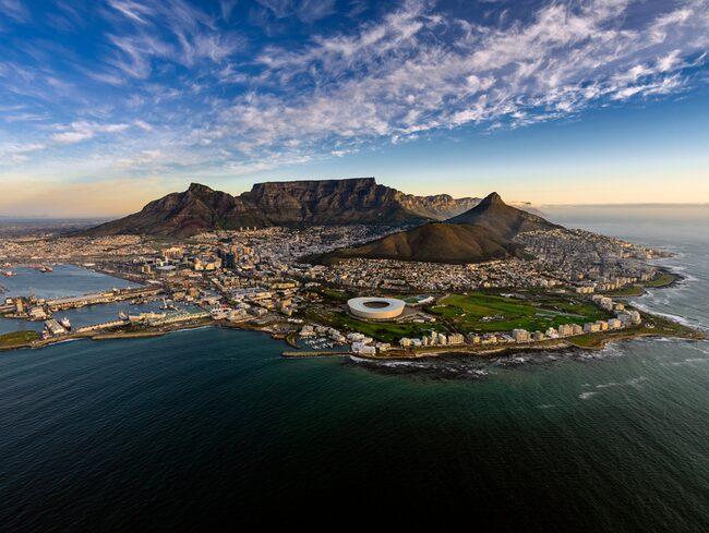 Kapstaden, Sydafrika toppar listan över städerna där unga och trendiga svenskar firar nyår.