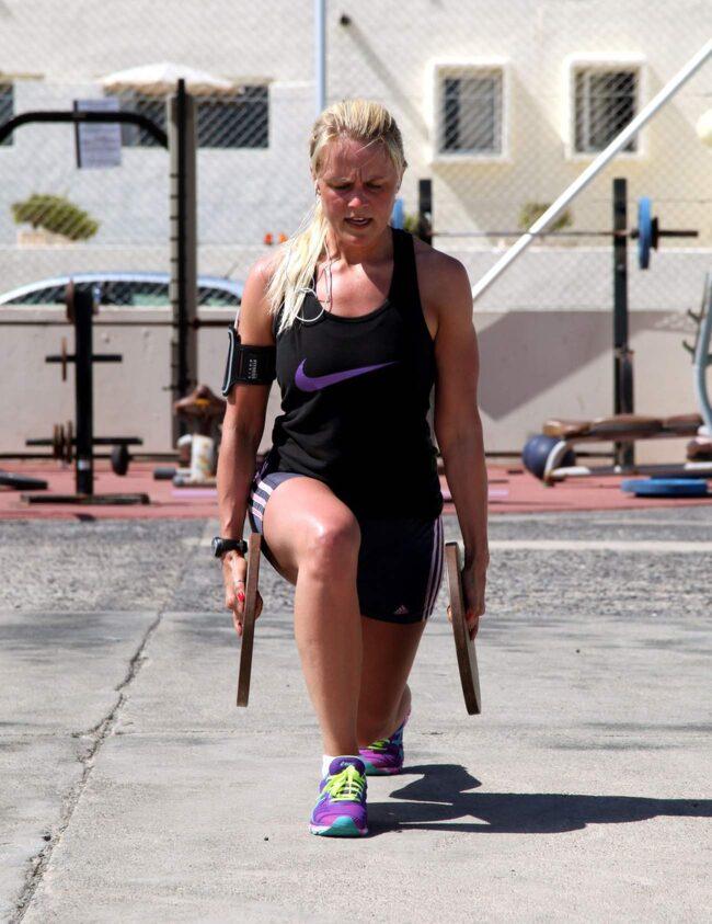 Caroline Bäck tränar på Club La Santa, Lanzarote.