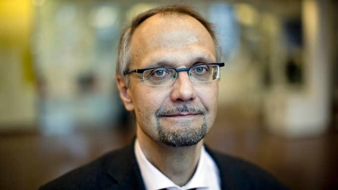Ulf Bjereld, tidigare ordförande för den kristna S-föreningen Tro och Solidaritet, utreder frågan om statsstöd till trossamfund. Foto: ADAM IHSE / TT