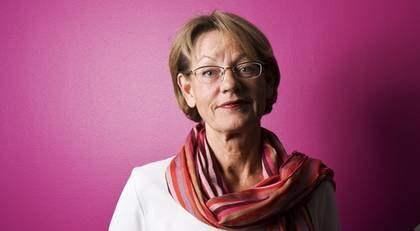 GUDRUN SCHYMAN, 61, är talesperson för Feministiskt initiativ och var tidigare partiledare för Vänsterpartiet. I höst ska hon fortsätta att planera för den patriarkala maktordningens totala sammanbrott. Foto: Mikael Sjöberg