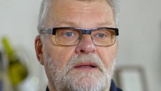 Handbollsprofilen Krister Broman berättar under Diabetesgalan i TV3 om hur han nonchalerade sin diabetes – och fick amputera benet. Foto: TV3