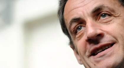 UTRENSNING Frankrikes president Nicolas Sarkozy tänker riva hundratals romska läger i landet. Foto: Remy Gabalda