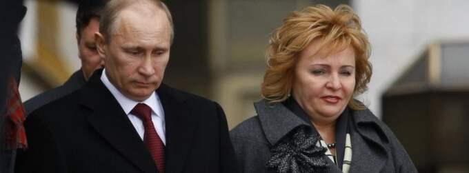 Vladimir Putin ses numera sällan tillsammans med Ljudmila Putina. Foto: Alexander Zemlianichenko/AP