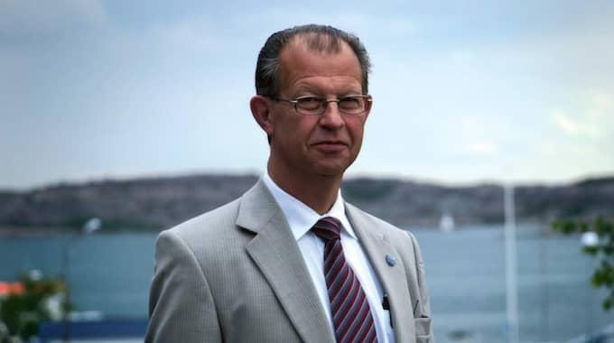 – En eller två chefer som slutar på ett par år, även om det varit lite mer det sista, är inte mycket på 40-50 chefer, säger kommunchefen Ingvar Karlsson, 66. Men nu var det inte en eller två utan fem chefer som sagts upp, varav fyra bland de nio högsta cheferna i kommunen.