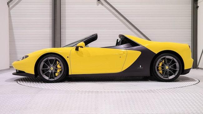 Bilen byggdes i endast sex exemplar och för första gången någonsin säljs nu ett av dem.