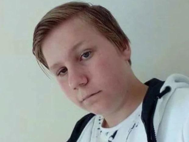 Thereses son Wiktor, 15, dödades i hundattack