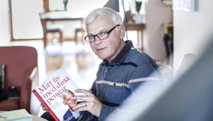 I 50 år har Anders Andersson jobbat i läsarnas tjänst – nu är han aktuell med en bok om sitt liv spalterna. Foto: Michaela Hasanovic