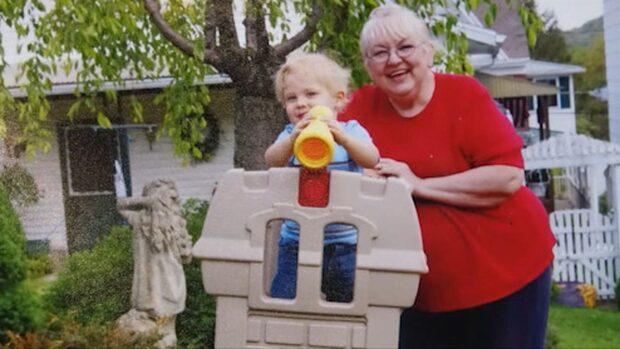 Mary trodde hon var överviktig - hade en tumör på 63 kilo