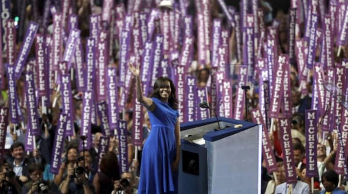 Hon fick stående ovationer för sitt tal. Foto: Matt Rourke / AP TT NYHETSBYRÅN