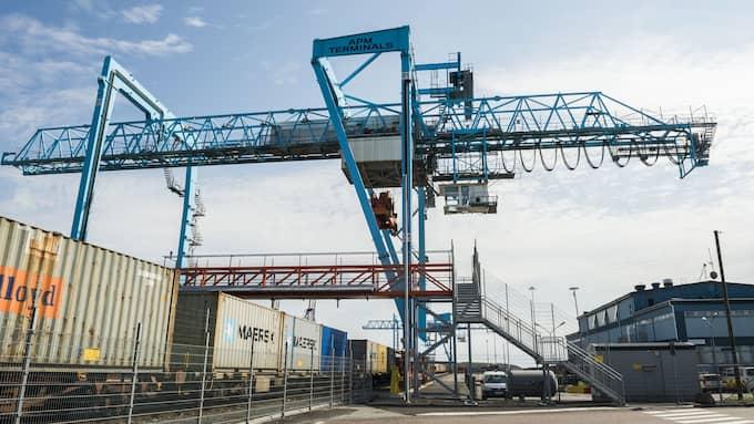 Göteborgs hamn måste komma igång igen. Foto: NORA LOREK
