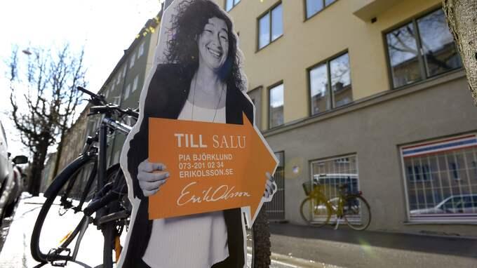Det tar inte bara längre tid att sälja sin bostad. Säljarna tvingas ofta rea ut sin gamla bostad Foto: JANERIK HENRIKSSON / TT / TT NYHETSBYRÅN