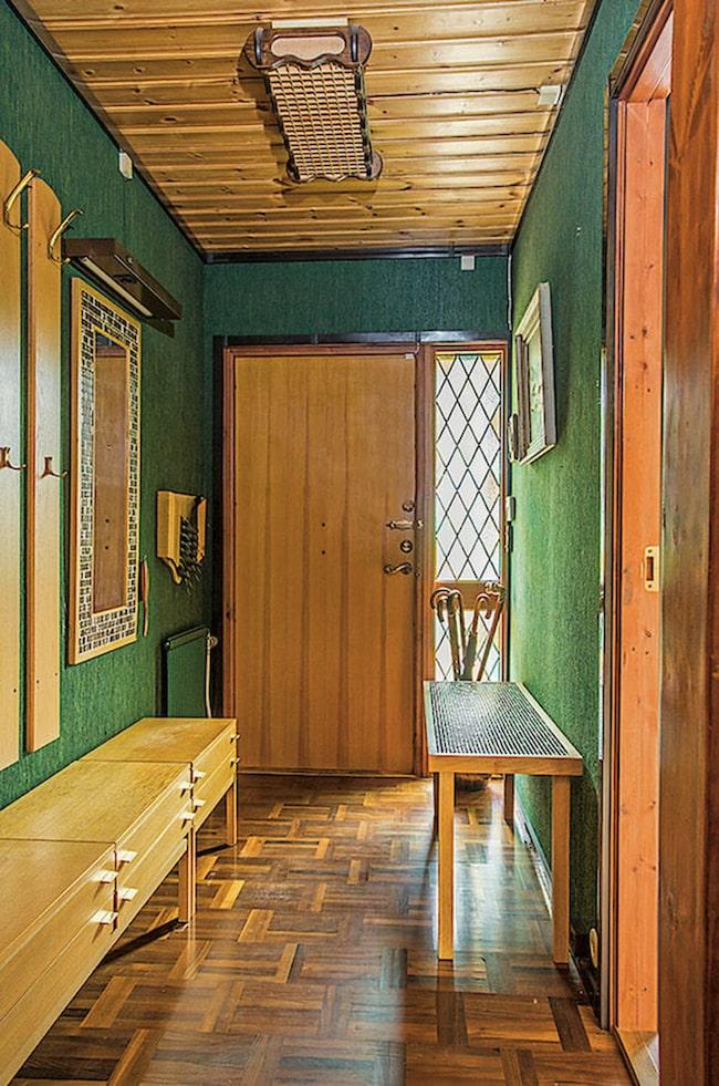 Hela huset präglas av det gröna och bruna 70-talet.