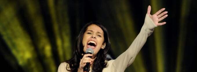Maria BenHajji på scen under torsdagens repetitioner inför lördagens tredje deltävling i Melodifestivalen. Foto: Jessica Gow / Scanpix