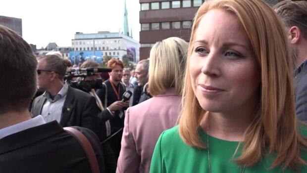 Annie Lööf om SVT:s beslut: Gav SD en offerkofta