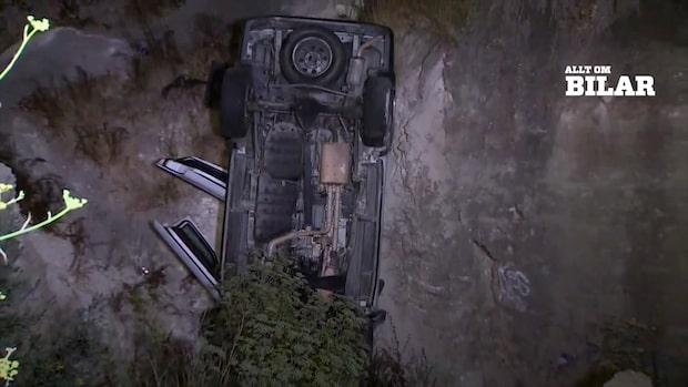 Bil brakade ut från stup