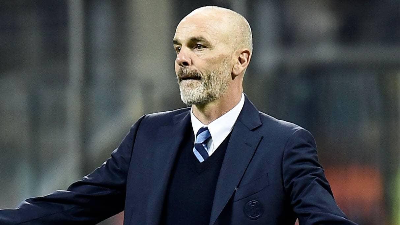 Han tar över Milan – presenterad i dag