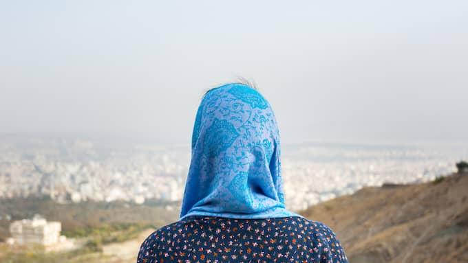 Kvinna med slöja Foto: Shutterstock