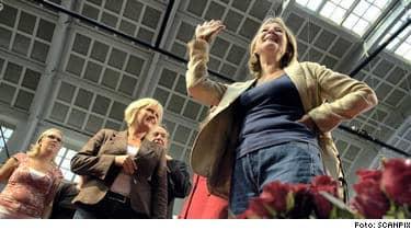 Socialdemokraternas partisekreterar Marita Ulvskog förknippas starkt med Göran Persson nu när han försvinner tyder mycket på att även Ulvskog kommer att petas från sin post.