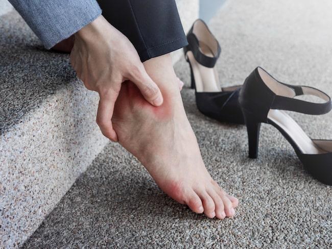 ont i foten när jag böjer tårna