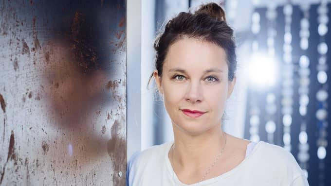 BRILJERAR. Akademiledamoten Sara Stridsberg kommer ut med tre pjäser.