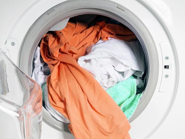 Skulle kläderna ha börjat lukta illa eller till och med mögla finns det dock knep.