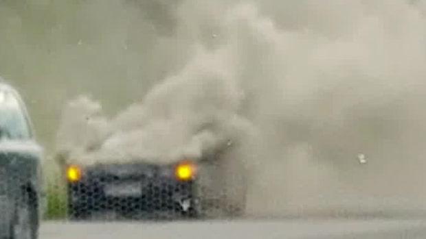 Bilbrand på E20 - stora trafikstörningar
