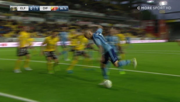Eriksson gör 1-0 – efter stökig situation