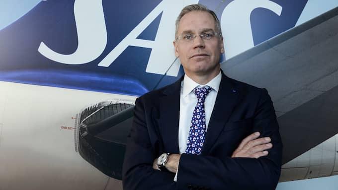 SAS vd Rickard Gustafson, går nu själv in försöker förhindra att den norska pilotstrejken blir verklighet. Han vill ha ett direktmöte med piloterna. Foto: BERTIL ENEVÅG ERICSON / TT / TT NYHETSBYRÅN
