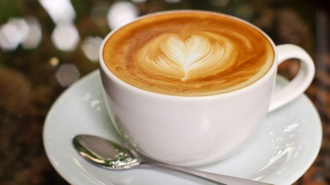 ont i magen av kaffe