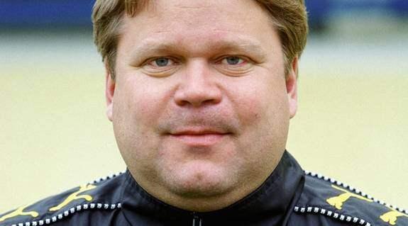 Arnqvist slutar i umea