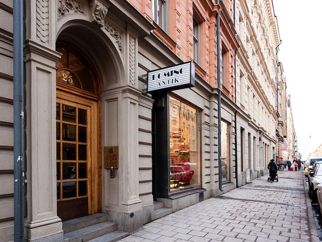 Lägenheten ligger på Upplandsgatan i Stockholm.