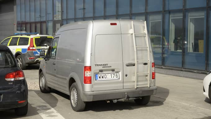 Den gåra bilen tillhör polisen. Foto: Fritz Schibli