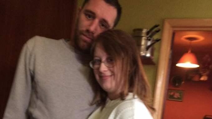 Kevin Gardiner, 31, och Jasmine Yates, 20 Foto: Facebook