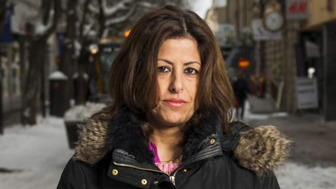 Mirvat Mezher, Frösön: – Polisen borde göra sitt arbete på ett bättre sätt, kvinnor ska inte behöva känna sig tvungna att stanna inne för att undvika våld – Jag föredrar att inte vara ute på kvällarna, men det är klart att jag är orolig för till exempel mina döttrar. Foto: Robert Henriksson