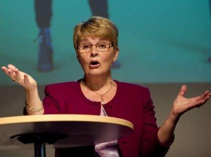 """""""Vi förlorar på blocktänkandet."""" Maud Olofsson förklarar de dåliga opinionssiffrorna med att Centerpartiet alltid legat lägre mellan valen - och att siffrorna blir bättre och partiet starkare ju närmare valet kommer. Foto: Björn Larsson Rosvall / Exponera"""