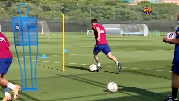 Här tränar Messi med Barcelona – efter jättebråket