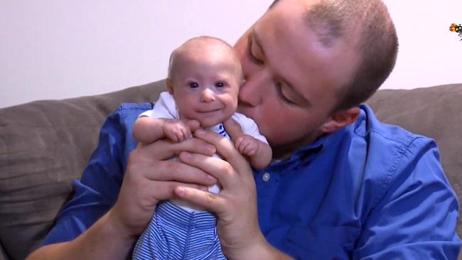 <span>När Matthew föddes vägde han bara 510 gram. Läkarna gav familjen ett skräckbesked.</span>