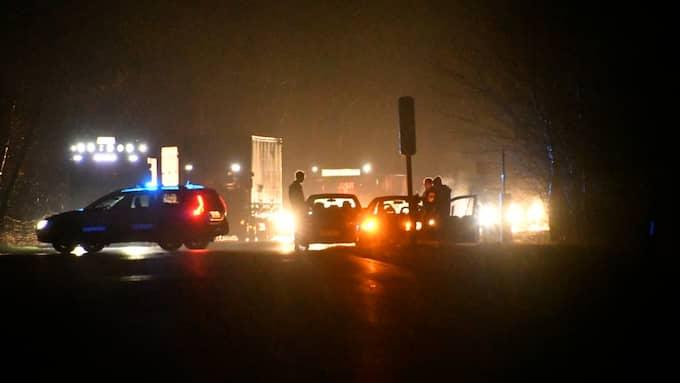Polisen fick stopp på den flyende bilen på väg 108 vid Bökeberg. Foto: MIKAEL NILSSON