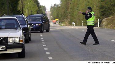 KÖRT! Polisens laserinstrument avslöjar fortkörare redan på 400 meters avstånd.