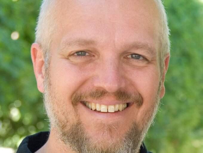 Carl Johan Rehbinder: Ingen människa har någonsin tagit skada av att se en annan människa naken. Tvärtom kan det vara befriande, och till och med rätt kul. Foto: Jennie Rehbinder