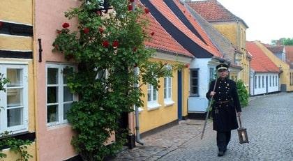 DANMARK. Aerøskøbing brukar kallas för sagostaden.