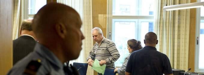 """Rånturnéerna är slut för Jan """"Nisse Pistol"""" Nilsson och hans två kumpaner som satt skräck i sina offer, anställda på banker och växlingskontor. På torsdagen dömdes de till långa fängelsestraff. Foto: Tomas Leprince"""