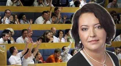 Folkpartisten Camilla Lindberg, 34, röstade nej till FRA-förslaget - till skillnad från sina partikamrater. Foto: Scanpix