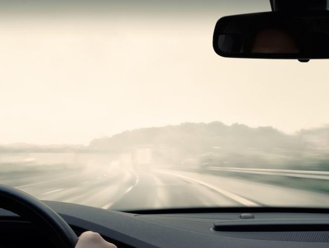 Sikten ute på vägarna blir avsevärt sämre när hösten kommer.